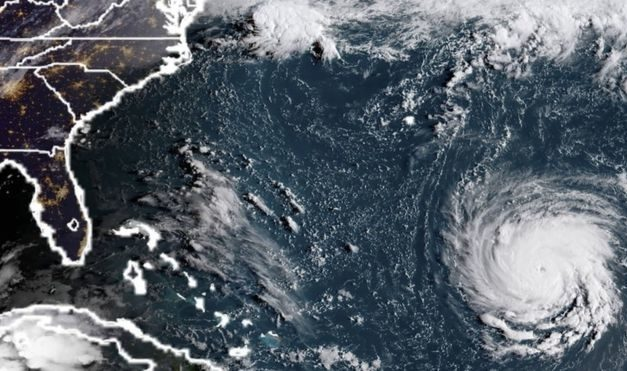 Hurricane Florence: 'Extremely dangerous' storm threatens East Coast