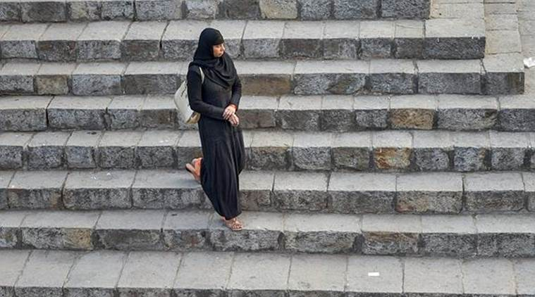 Pune Couple Move SC, Seek Entry for Muslim Women in all Mosques